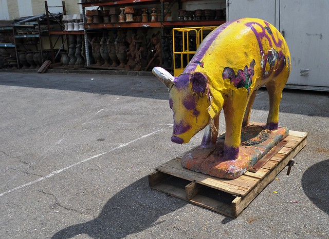I Seriously Think This Pig at Black Dog Salvage Would Be Perfect in My Yard. What Do You Think?