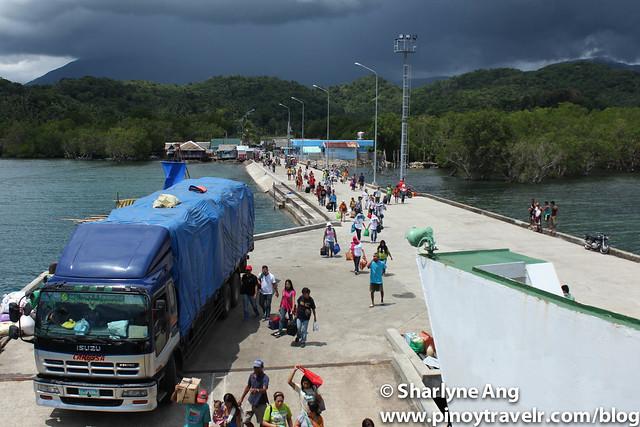 Ambulong Port at Magdiwang, Sibuyan