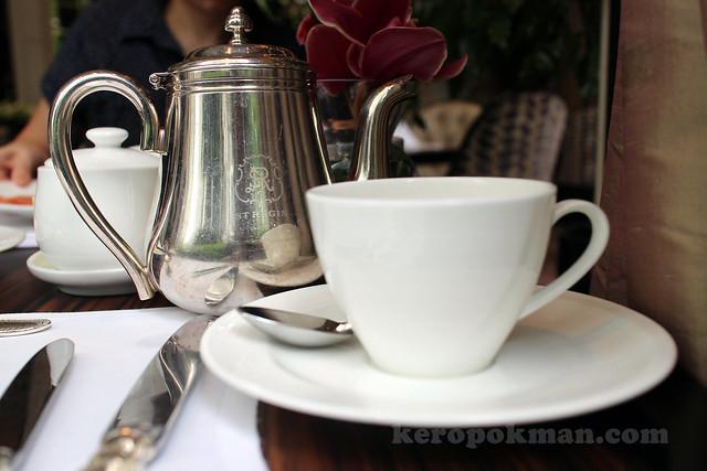 Afternoon Tea, St Regis Singapore