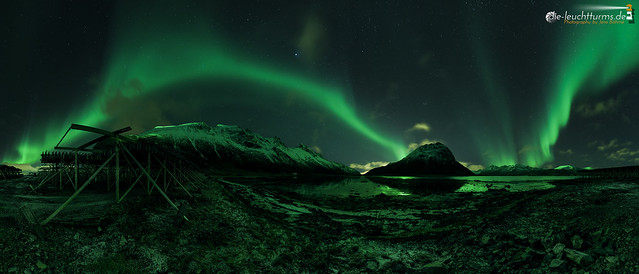Skjelholmen illuminated by solar wind