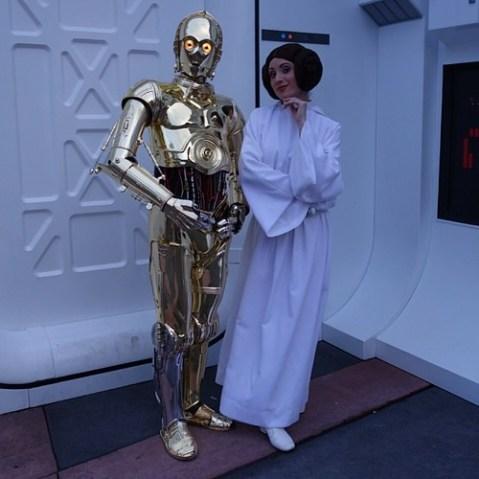 C-3PO、さすが通訳ドロイドだけあって、コニチワー、って挨拶してくれた。
