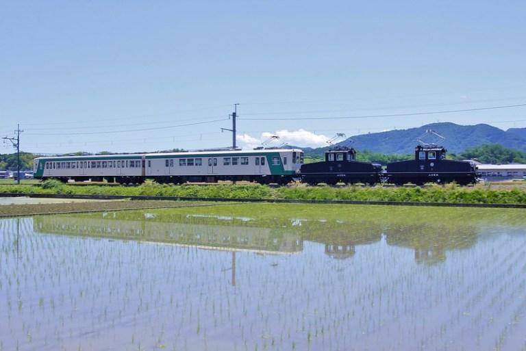 デキ1形90周年記念列車