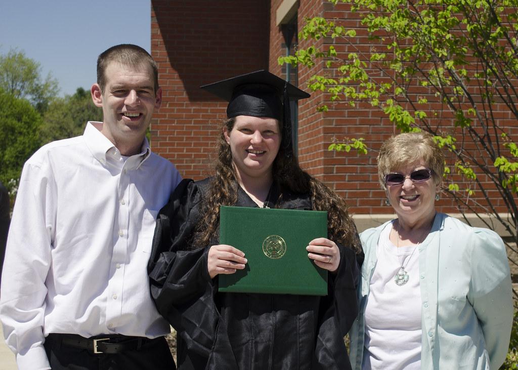 shayna graduation 2