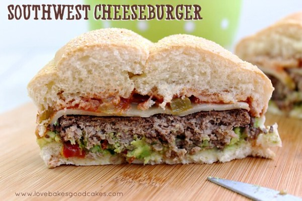 "Southwest Cheeseburger - perfect for a summer BBQ. With salsa, homemade guacamole, Pepper Jack cheese and an all beef patty, your taste buds will say ""olé"" #burger #grilling #southwest"