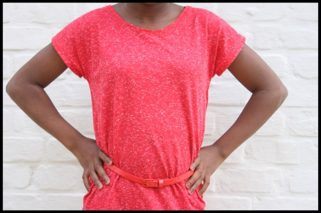 T-shirt dress (close)