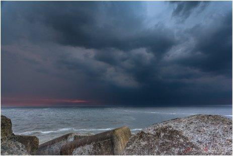 @ de Noorderlijke Havendam (Wijk aan Zee)