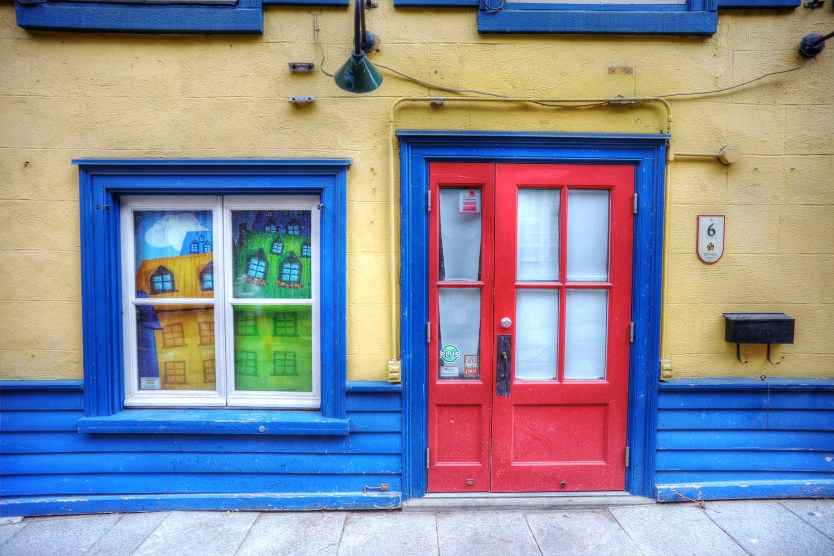 Blue everywhere, Petit Champlain District.