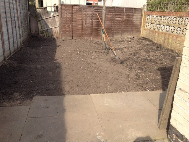 Thanks Mum & Rob for helping fix the garden. Waiting for grass now.