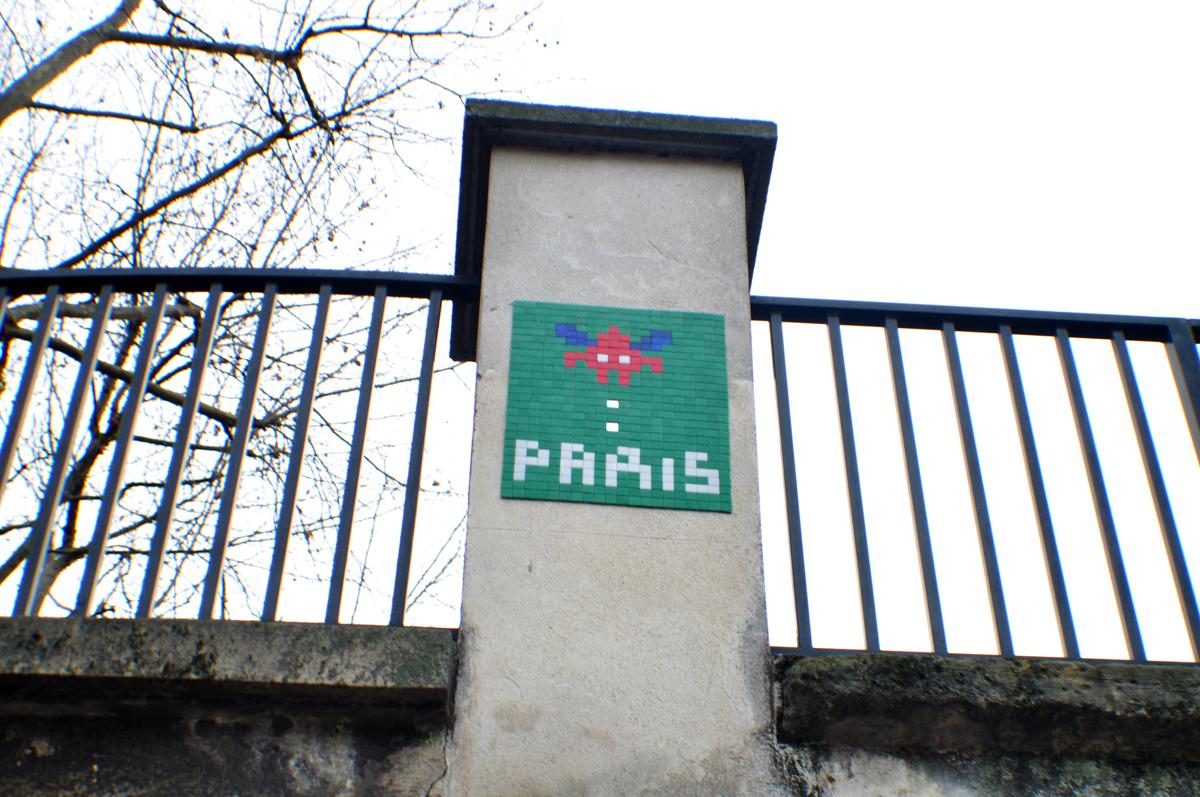 Invade Paris