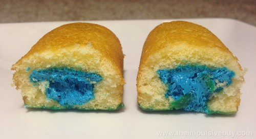 Hostess Limited Edition Extreme Creme Blue Raspberry Twinkies Innards