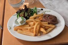 Steak und Frittes vom Nachbarn