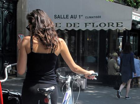 14e18 Domingo soleado Bici Brocante Plaza Barcelona_0139 variante Uti 450