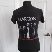 Check out Maroon 5 -2011 The Hands Allover Tour t-shirt UNISEX Small https://www.ebay.com/itm/352022834470 @eBay