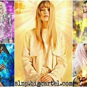 Purchase Kylie Jenner 'LIGHTNING' 3D Portrait In Bio⚡ Slnp.bigcartel.com Other 3D Portraits For Sale: Rihanna's 'FIRE' 🔥 Selena Gomez's 'FROST' ❄ Taylor Swift's 'LIGHT' ☀ & Lady Gaga's 'DARK' 🔮 *Serious Inquiries Only* . #illustratio