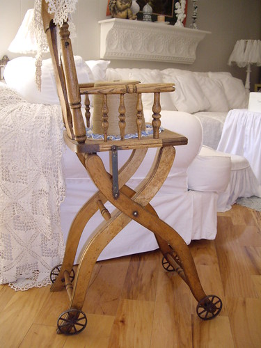 antique high chair (by skblanks)