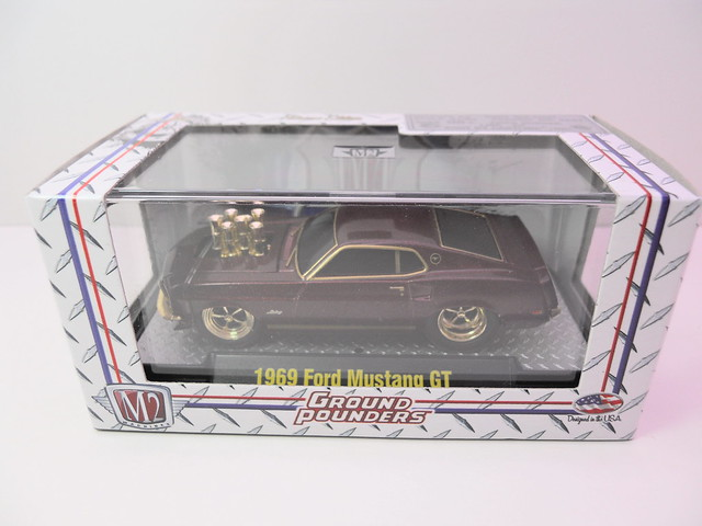 m2 ground pounders 1969 ford mustang gt chase acrylic case (1)