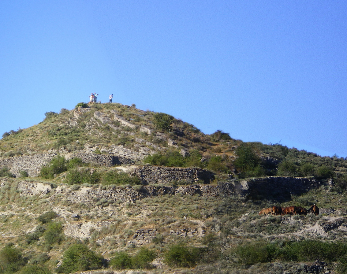 Alli que se fueron a lo alto del cerro