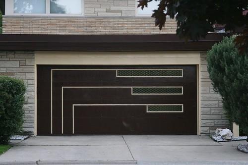modern garage doorMidCentury Suburbs Part 7 Modernize your garage door  A Chicago