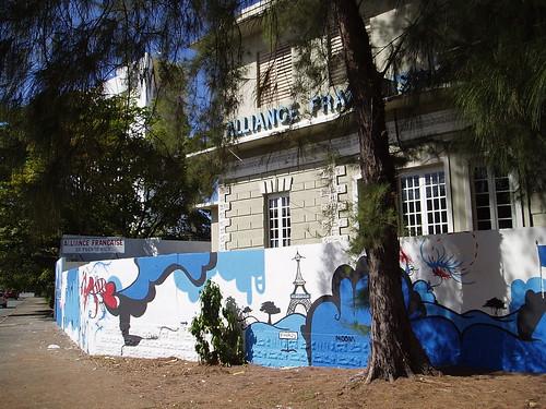 Alliance Francaise graffiti in San Juan