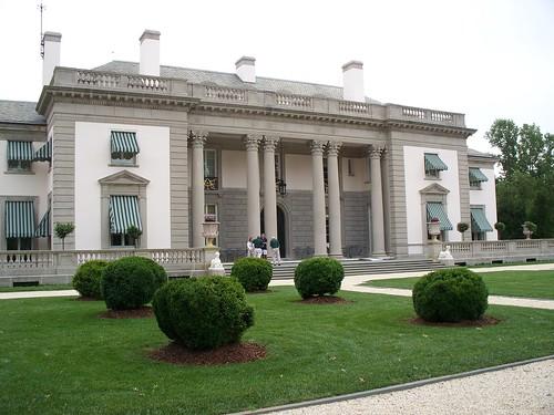 Nemours Mansion