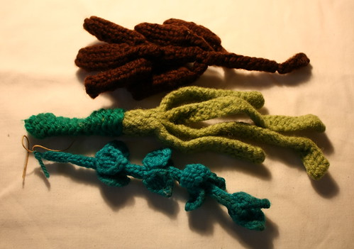 Knitted fruit for sukkah