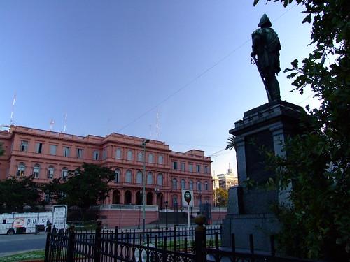Juan de Garay y Casa Rosada