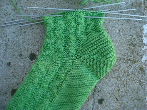 zigzag garter stitch socks