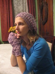 Fingerless mitts and hat