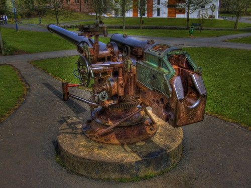 Ward park gun (HDR) by jonny.andrews65