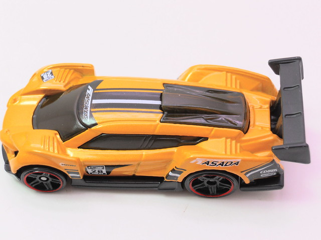 hot wheels super blitzen yellow (3)