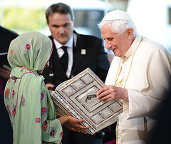 Pope receives a Koran