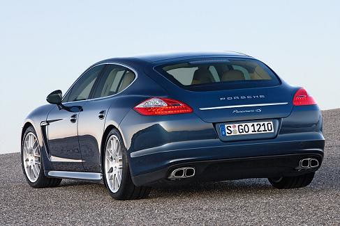 p porsche_panamera_4s-02 by you.