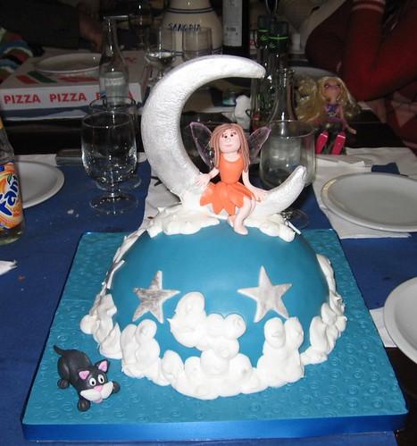 o bolo, intacto