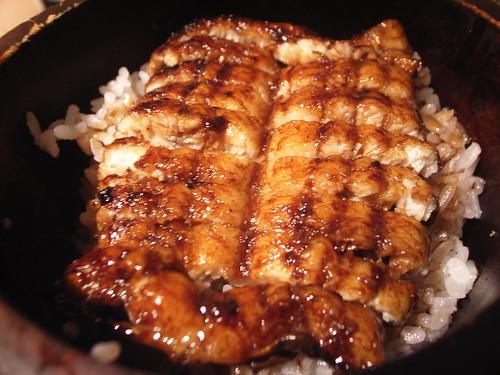 知多家:鰻�(小)套餐$220元