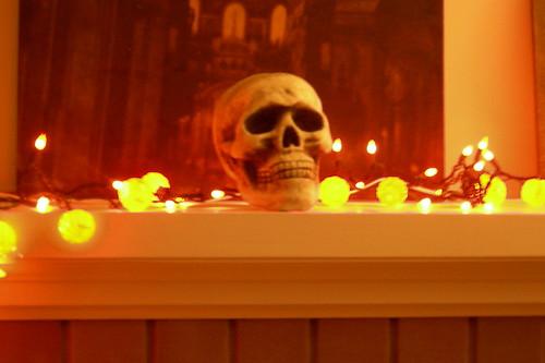 Halloween skull and lights