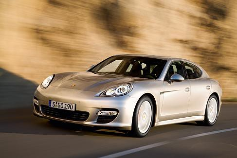 p porsche_panamera_turbo-03 by you.