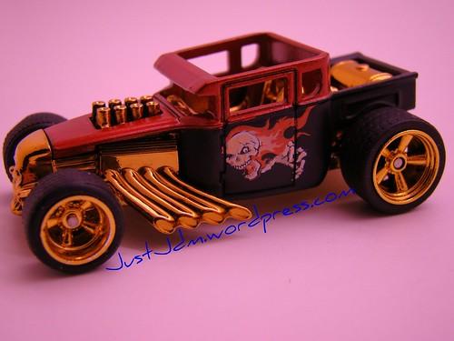 Larrys Garage Bone Shaker