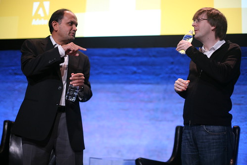 Shantanu Narayen, CEO of Adobe tells Kevin Lynch what's cool about AIR