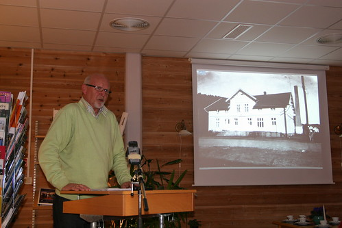 Bjørn Finstad holder foredrag om meieriet (by RolfSteinar)