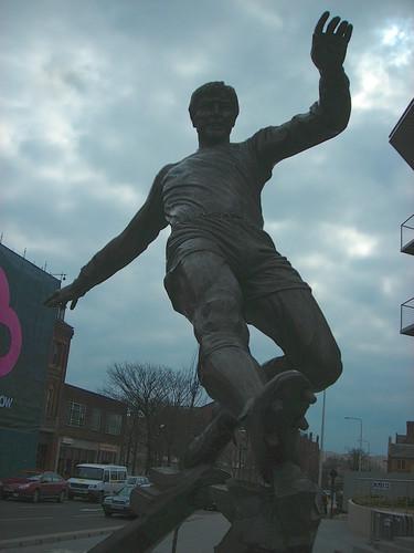 Emlyn Hughes statue