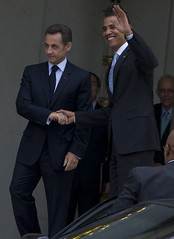 Andr%C3%A9+Santini+-+Sarkozy%27s+meeting+in+Toulouse+for+the+2007+French+presidential+election+0209+2007-04-12