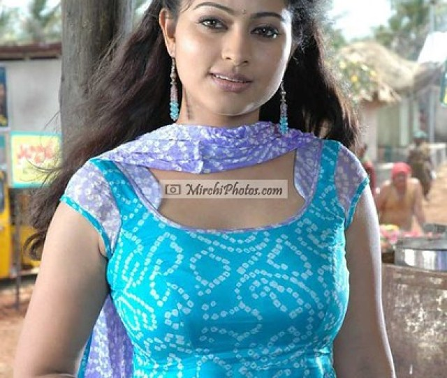 Actress Sneha Sexy Photos