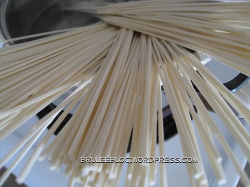 boiling noodles