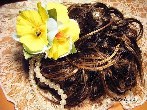 仙蒂的假髮髮圈(有挑染)。