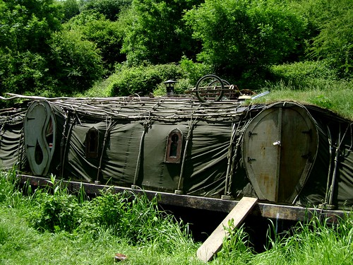 Boat for Hobbits on the Kennet and Avon Canal