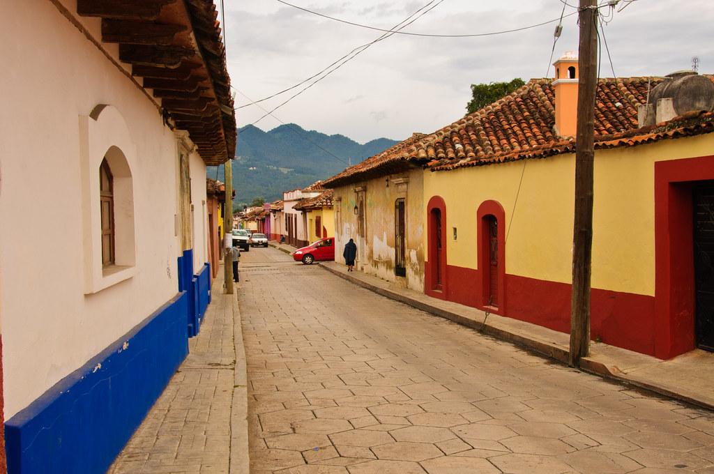 The narrow streets of San Cristobal