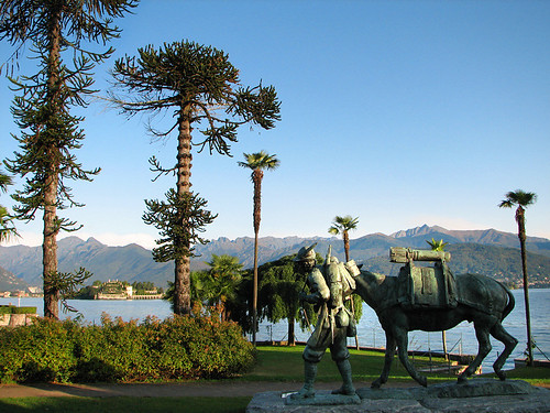 One of many statues along the walkway around lake Maggiore by you.