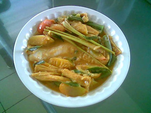 STP's fish curry 1