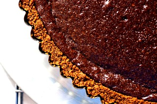 chocolate tart with gingersnap crust