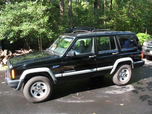 1998 Jeep Cherokee Side View